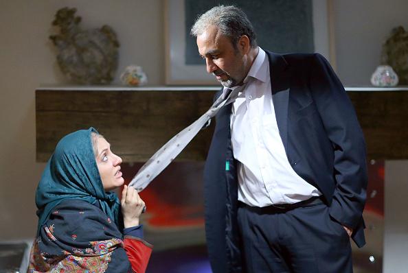 نهنگ عنبر با بازی رضا عطاران و مهناز افشار