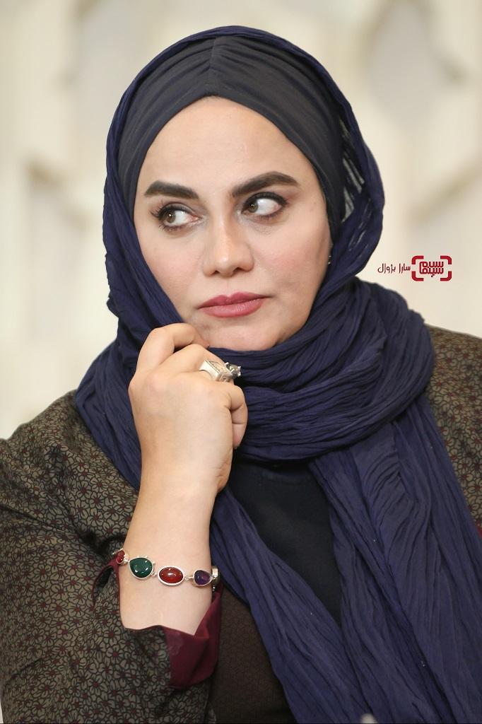 نرگس آبیاردر نشست خبری داوران سی و هفتمین جشنواره جهانی فیلم فجر