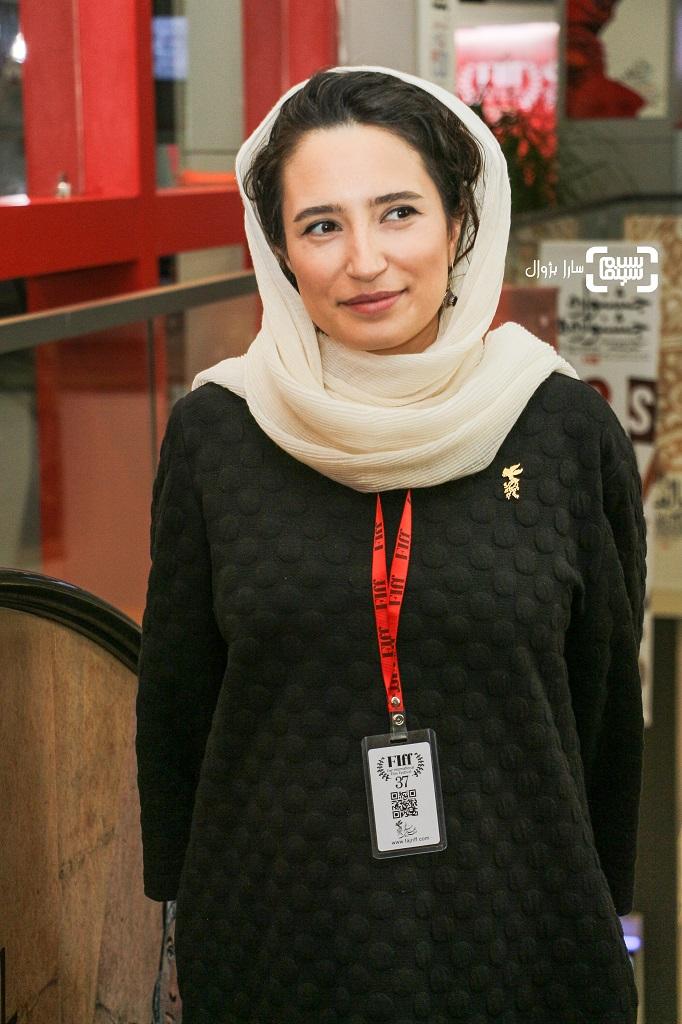 عکس نگار جواهریان در روز اول سی و هفتمین جشنواره جهانی فیلم فجر