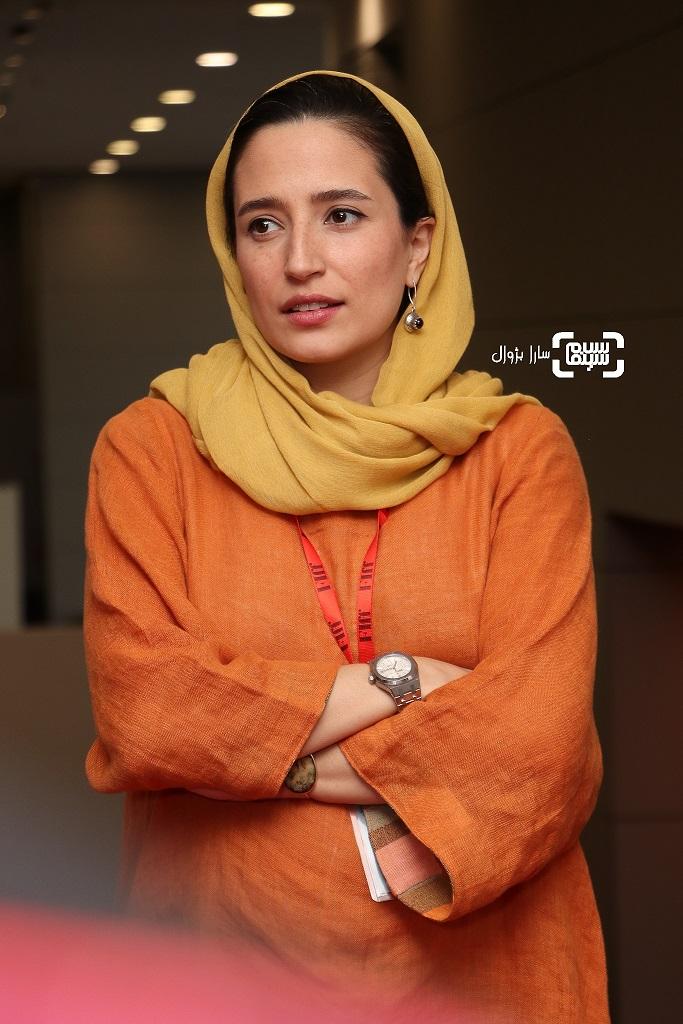 نگار جواهریان در روز پنجم سی و هفتمین جشنواره جهانی فیلم فجر