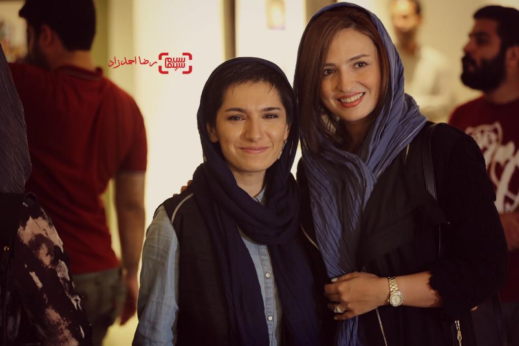 گلاره عباسی و نوشین جعفری در نمایشگاه عکسهای نوشین جعفری از فیلم «لانتوری»