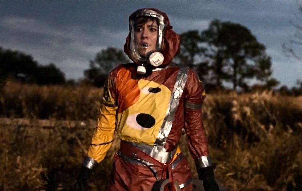 بهترین فیلم ها با فضای آخرالزمانی، نابودی بشر و زمین - شماره 10 خیابان کلورفیلد (10 cloverfield lane)