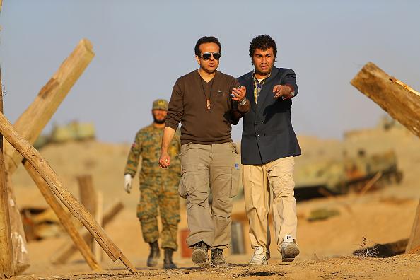 رضا عطاران و سامان مقدم در پشت صحنه فیلم نهنگ عنبر