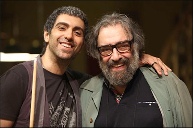مسعود کیمیایی و پسرش پولاد کیمیایی در پشت صحنه فیلم متروپل