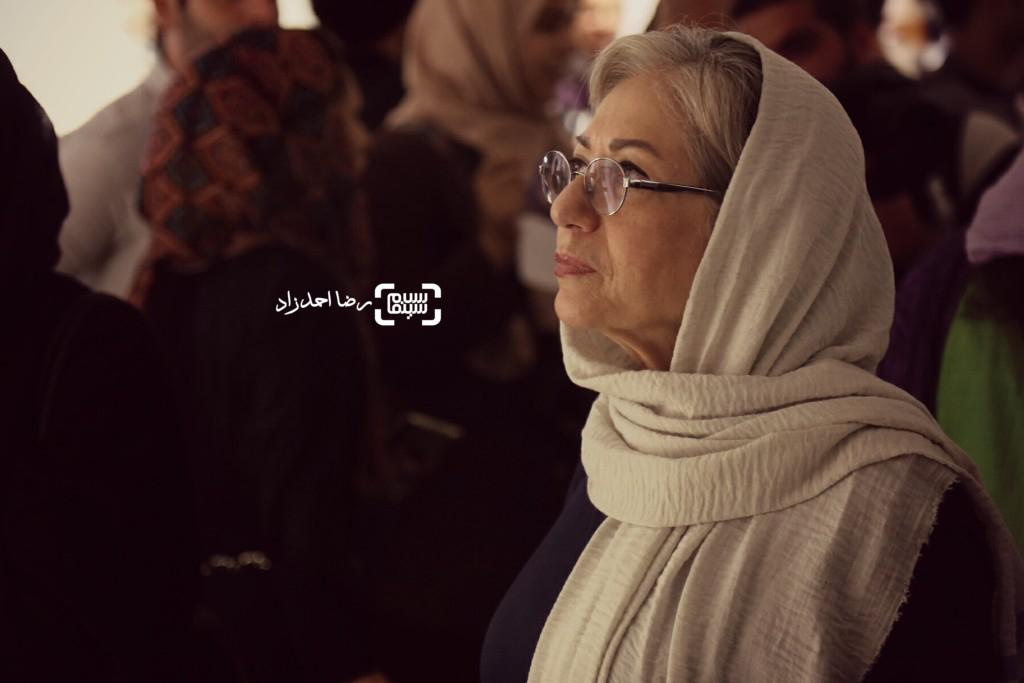 رخشان بنی اعتماد در نمایشگاه عکسهای نوشین جعفری از فیلم «لانتوری»