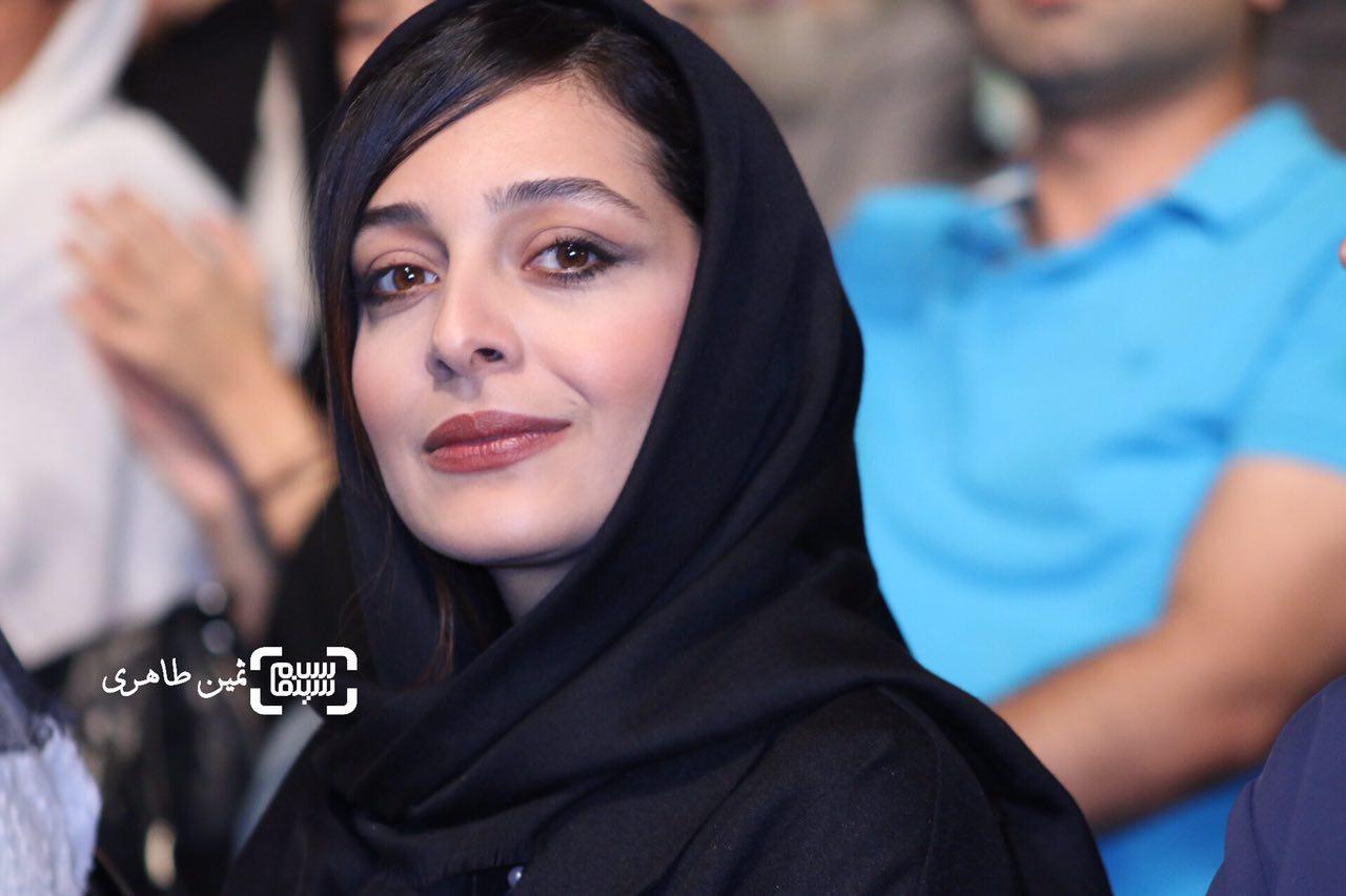 ساره بیات در جشن خانه سینما