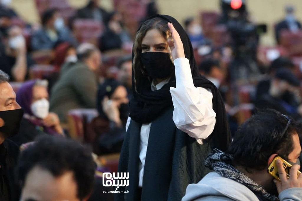 ستاره پسیانی -  اختتامیه سی و نهمین جشنواره فیلم فجر
