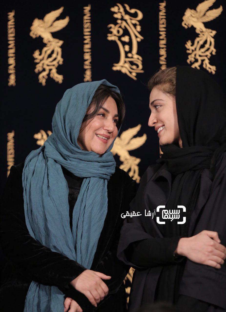 ستاره اسکندریو مینا ساداتی در اکران فیلم «سرو زیر آب» در کاخ رسانه سی و ششمین جشنواره فیلم فجر