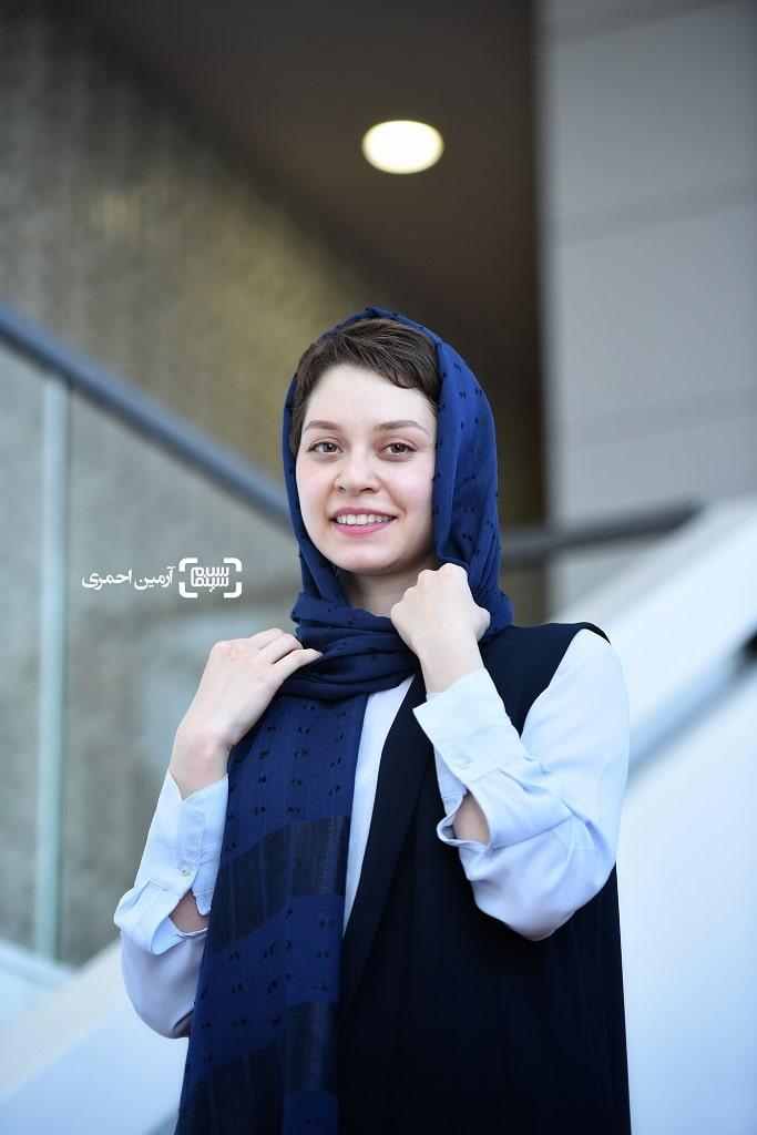 شادی کرم رودی در سی و هشتمین جشنواره جهانی فیلم فجر - چارسو