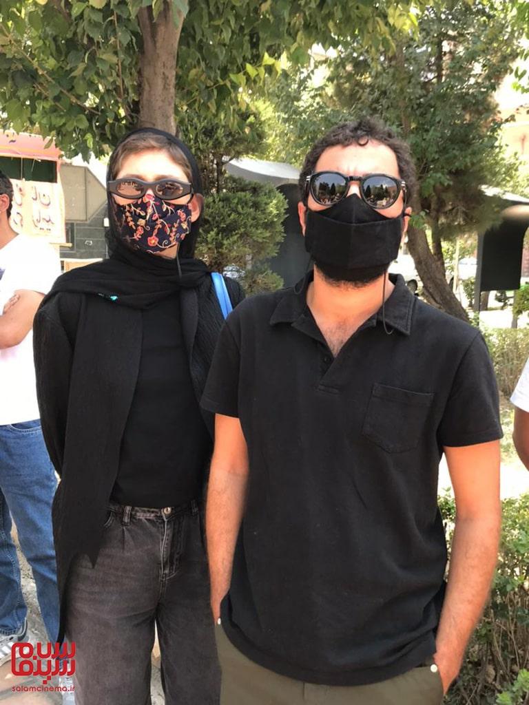 نوید محمدزاده و فرشته حسینی در تجمع هنرمندان برای حمایت از مردم خوزستان