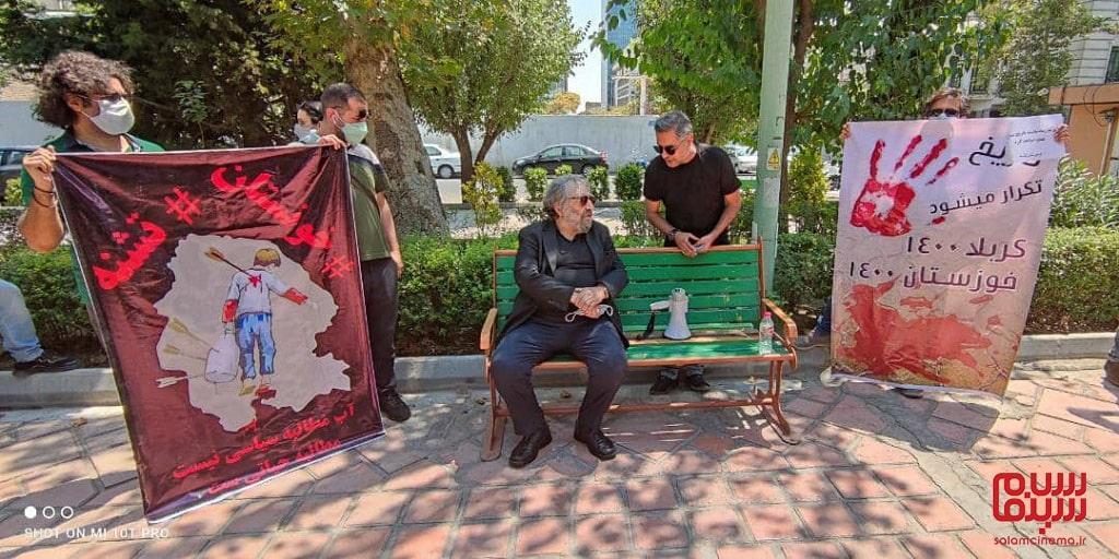 مسعود کیمیایی کارگردان در تجمع هنرمندان برای حمایت از مردم خوزستان