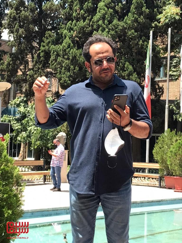احسان عبدی پور در تجمع هنرمندان برای حمایت از مردم خوزستان