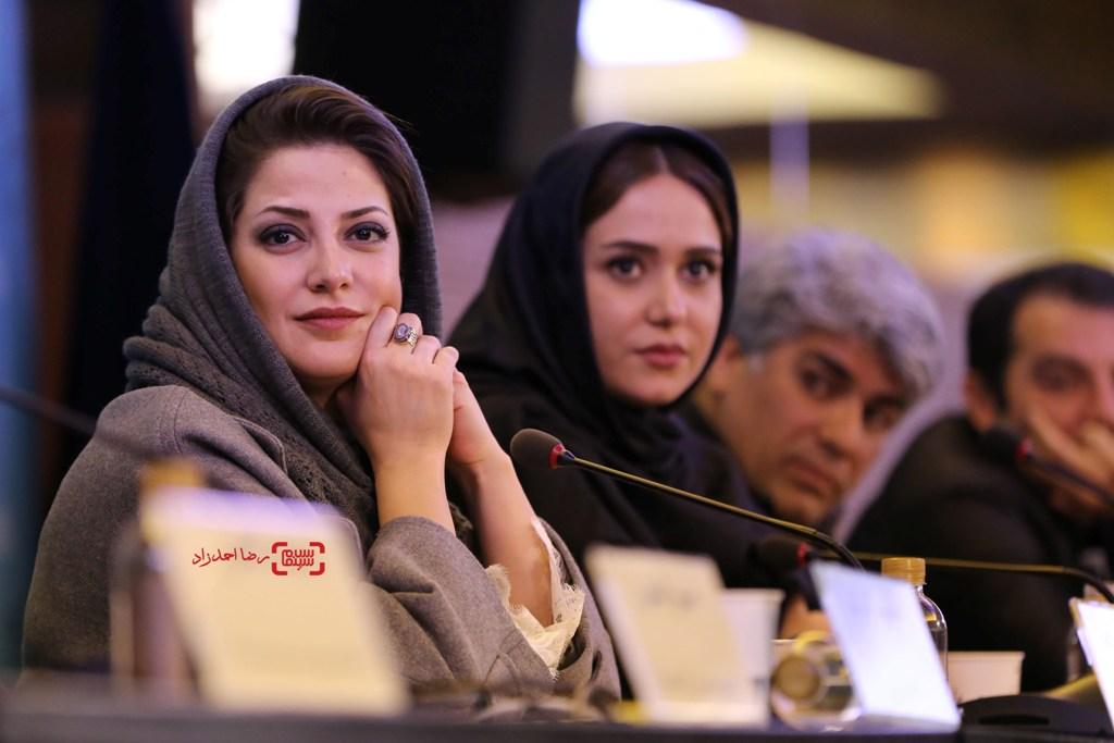 طناز طباطبایی در نشست فیلم «ویلایی ها» در جشنواره فجر 35