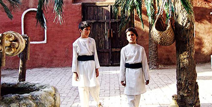 طفلان مسلم- روایت های عاشورایی سینما و تلویزیون ایران