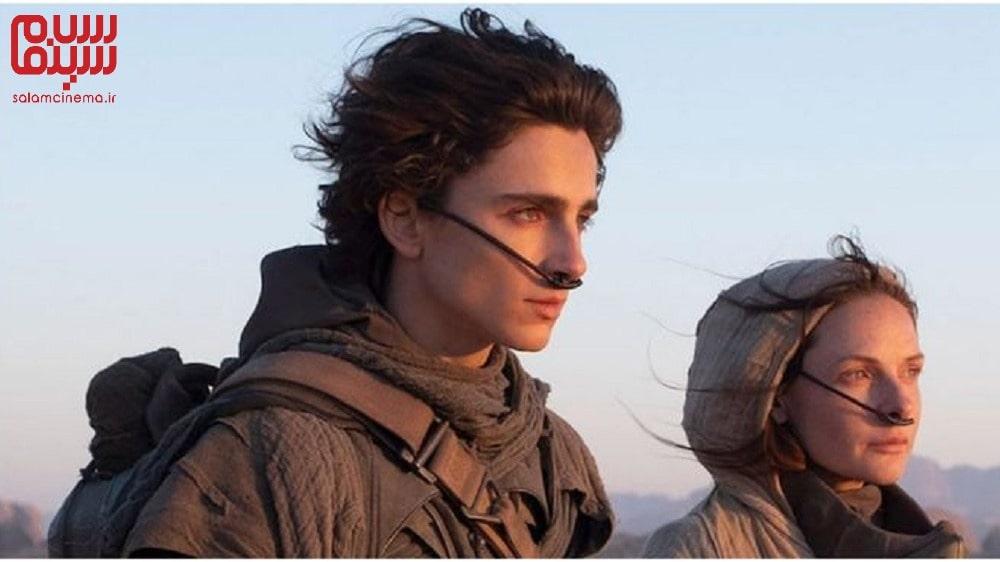 عکس دو نفره از تیموتی شالامت و بازیگر زن، بازیگر فیلم تل ماسه در صحنه ای از فیلم - معرفی فیلم تل ماسه