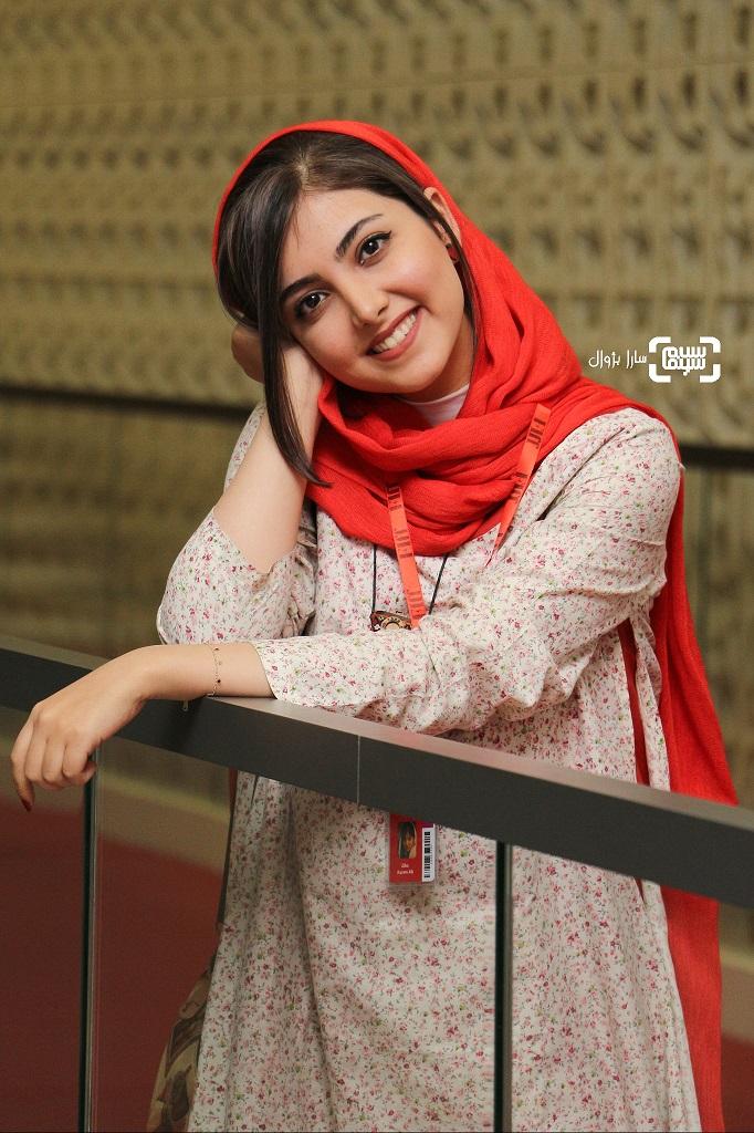 عکس زیبا کرمعلی در روز هشتم سی و هفتمین جشنواره جهانی فیلم فجر